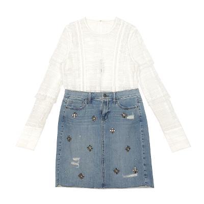 punching lace blouse & jewelry denim skirt